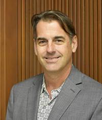 Photo of Derek Van Rheenen
